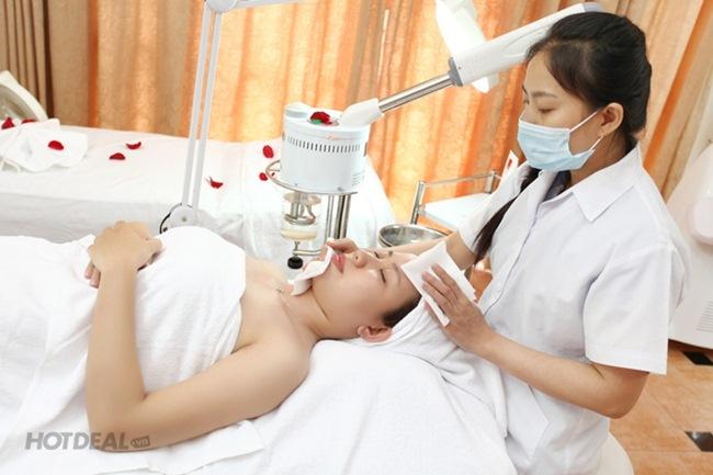 Chăm sóc da mụn đặc trị tại Phòng Khám Da Liễu O2 Skin