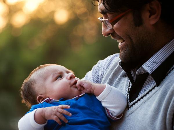 5 bí quyết giúp cha làm dịu cơn khóc của trẻ