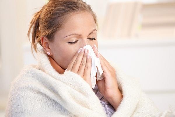 Câu hỏi 16: Tôi bị bệnh tim, có nên tránh ra ngoài khi thời tiết lạnh quá không?