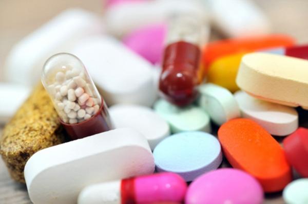Câu hỏi 55: Tôi bị bệnh động mạch vành, khi đi du lịch cần lưu ý gì, mang theo thuốc gì?