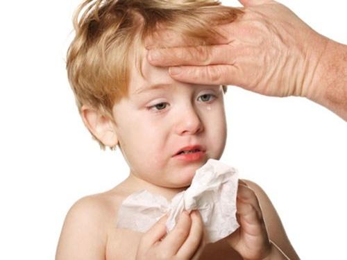 Cách xử trí 4 bệnh trẻ nhỏ dễ mắc trong ngày nóng bức
