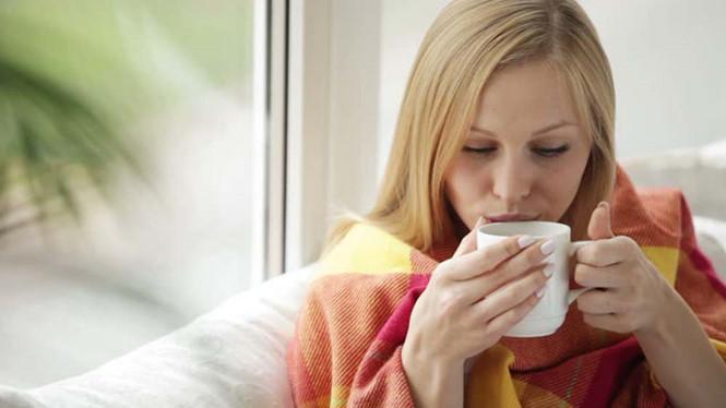 10 lý do không nên uống trà khi bụng đói